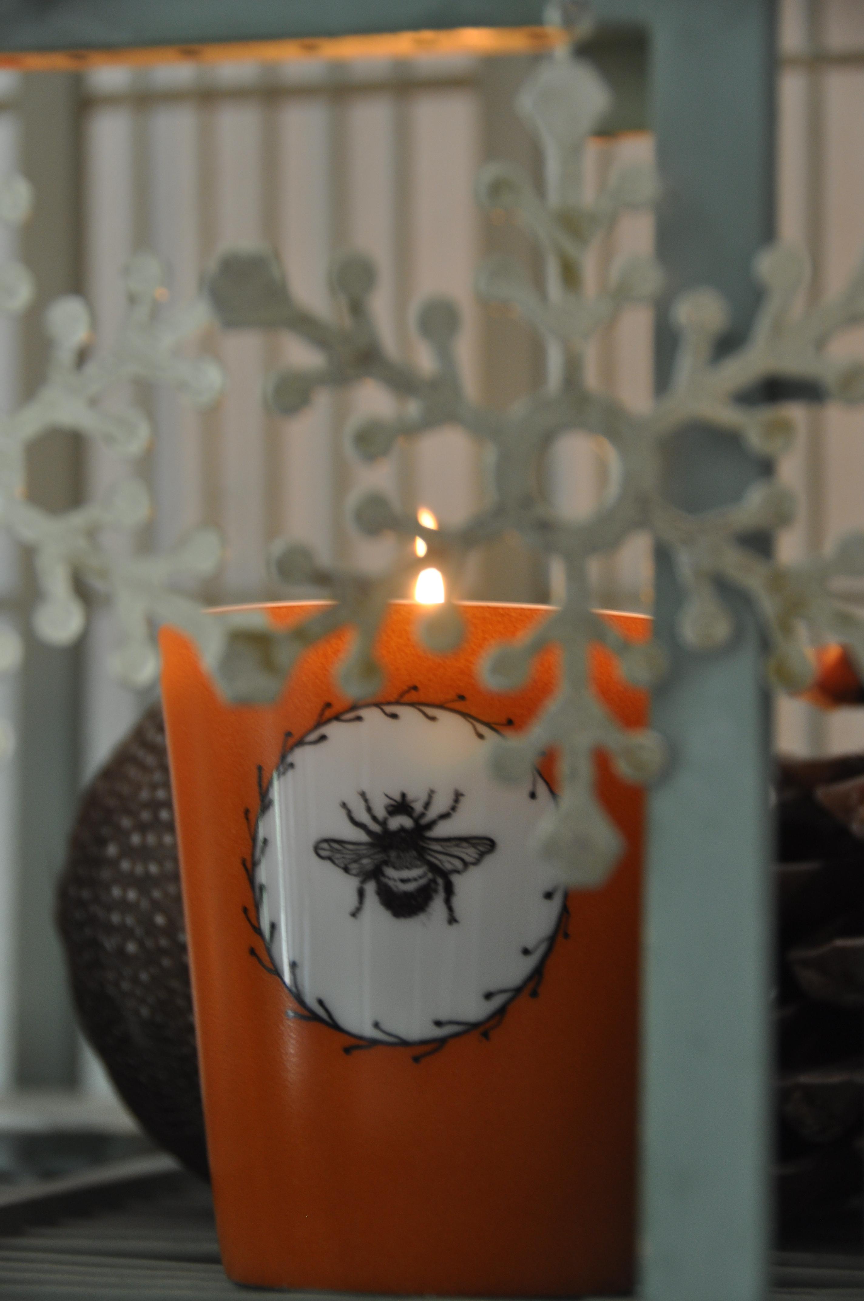 bougie parfumee cage l 39 atelier de la porcelaine. Black Bedroom Furniture Sets. Home Design Ideas