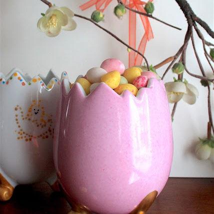 Œuf de Pâques rose